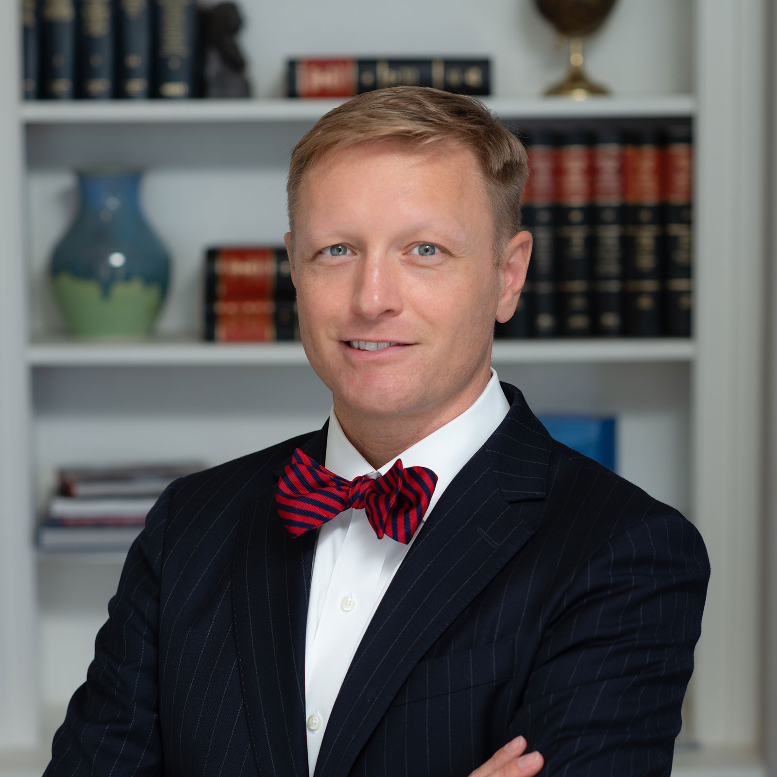 Head shot of Kyle Williams, a dirt lawyer in Atlanta, Georgia and founding partner of Williams Teusink.